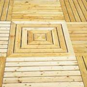 Dalle caillebotis bois rainurée - Dimensions (L x l) : 0.60 x.060 - 1 x 1 m