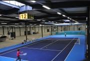 Dalle plastique pour terrains de tennis - Dimensions (L x h) : 5832 x (33 x 33) cm - Surface : 648 m²