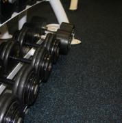 Dalles Caoutchouc 8 mm pour salles de gym - Conditionnement : A la dalle ou au rouleau - Épaisseur et dureté : 8 mm Shore A