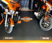 Dalles Clipsables pour Garage MOTO - Simple et rapide à Installer, nos dalles PVC sont hyper résistantes