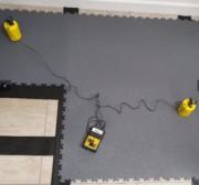 Dalles PVC 7 mm à emboîtement contre charges électriques - Conditionnement : 8 dalles / carton (2 m²) - Épaisseur et dureté : 7 mm Shore A