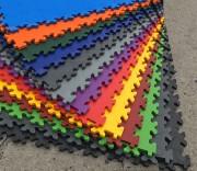 Dalles PVC - Plusieurs coloris - Garantie 12 ans - Antidérapant. Installation sans outil, ni Colle ni Fixation. Conçus pour : Garage, Atelier, Bureau, Entrepôt, Fitness, Usine…