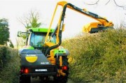 Débroussailleuse à bras articulé pour tracteur - Portée horizontale (m) : 5.3