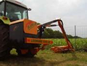 Débroussailleuse LEOPARD 1045 SP - Poids en ordre de marche :700 Kg