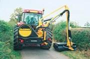 Débroussailleuse pour tracteur à bras articulé