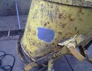 Décapage avec le système de jet hydro-sablage - Machine et pièce
