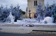 Décoration noël extérieure - Personnage, animaux en résine, bonhommes de neige, pères noël, traîneaux, rennes, ...