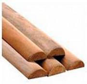 Demi-rondins pin 2 à 4 mètres - Diamètre (cm) : De 8 à 18  - Longueur (m) : De 2 à 4
