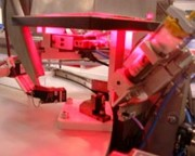 Dépose de pâte à braser - Contrôle caméra sur machine à plateau tournant
