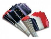 Drapeaux en plastiques - 3 dimensions: 9.5x16cm - 17.5x25.5cm - 20x30cm