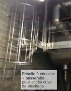 Echelle à crinoline sur cuve de stockage - Palier long. : 12 mètres – En milieu pétrochimique