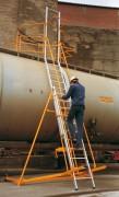 Echelles mobiles d'accès aux dômes des citernes - Effectué vos travaux en toute sécurité
