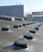Eclairage naturel gratuit pour entrepôt - Puit de lumière  pour toitures plates - Diamètre 76cm