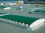 Écran opaque de protection solaire extérieur - Grammage : 900/m² - Porosité lumineuse : 0%
