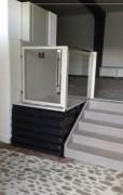 Élévateur PMR vertical - Installation : intérieur ou extérieur