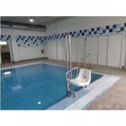 Élévateur pour piscine mobile et autonome - Capacité : 150 kg - Garanties : 2 ans fonctionnement, 5 ans pièces