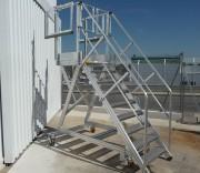 Escabeau d'accès pour hélicoptère - Pour hélicoptères légers - Structure aluminium 100 x 30 mm