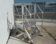 Escabeau d'accès transmission - Pour hélicoptère léger - Charge max : 200 kg - 3 marches