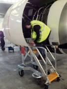 Escabeau de piste technique aéronautique - 3 marches pour accès moteur A 320