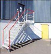 Escalier d'accès avec palier en aluminium - Rampes et garde-corps amovibles