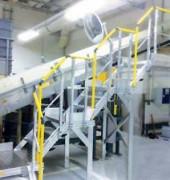 Escalier d'accès sur équipements de production - Pour unité de broyage ou grenailleuse