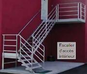 Escalier doit à palier industriel - Charge max. d'utilisation : 200 kg/m²