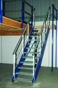Escalier droit industriel métallique - Largeur des marches : 800 ou 1200 mm