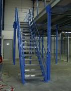 Escalier industriel principal - En acier galvanisé