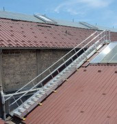 Escalier toitures métalliques