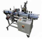 Étiqueteuse automatique adhésive - Capacité : Jusqu'à 4000 b/h