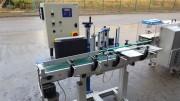 Étiqueteuse automatique produits cylindriques et plats - Tête d'étiquetage et convoyeur réglable en hauteur