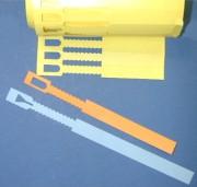 Etiquette PVC à crans - Dimensions (mm) : 13 x 160 - 13 x 220