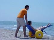 Fauteuil roulant spécial plage - Capacité de charge maximale : 100 kg