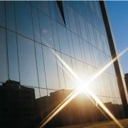 Film réfléchissant anti-solaire et anti-froid