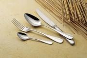 Fourchette à poisson 'Baguette' argentée en Inox 18/10 - Epaisseur : 25/10e - Poids : 0,04 kg - Inox 18/10