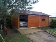 Garage simple en béton aspect Bois