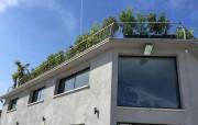 Garde-corps de toiture en aluminium et inox - Longueur totale : 26 mètres - Poteaux cintrés