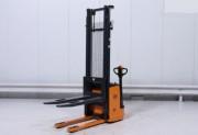Gerbeur électrique occasion accompagnant - Capacité de charge 1050 kg