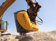Godet concasseur chantier pour pelles 20 à 30 tonnes - Système breveté de concassage en forme de huit