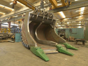Godet ripper pour extraction carrières et terrains durs - Godets BTP pour tous tonnages de pelles
