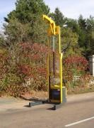 Grue de levage à pompe - Pompe équipée d'un régulateur de pression.