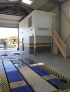 Hangar contrôle technique automobile en acier