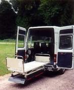 Hayon elevateur pour ambulance - Hayon avec lit