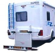 Hayon élévateur pour caravane