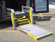 Hayon pour personnes handicapées - Capacité : 350 kg