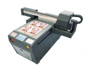 Imprimante de marquage UV à plat - Dimensions d'impression maxi : 840 x 570 mm