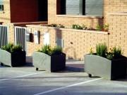Jardinière carrée en fonte moulée - Dimensions : Long 603 x larg 603 x haut 545 mm