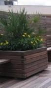 Jardinière en bois carrée