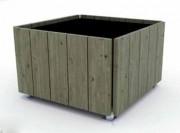 Jardinière robinier octogonale - A poser, livrée montée