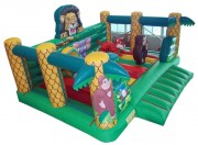 Jeu gonflable roi lion avec obstacles - Dimensions (m) : 5 x 5 x 3,5